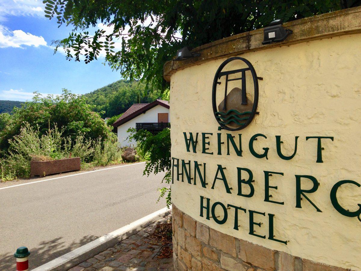 Freier Hochzeitsredner, freie Trauung Hotel Annaberg Bad Dürkheim
